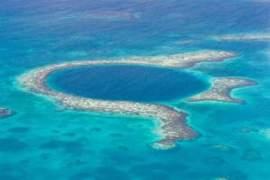 The great blue hole - Belize